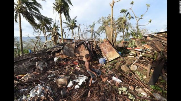 150316073014-01-cyclone-pam-0316-super-169